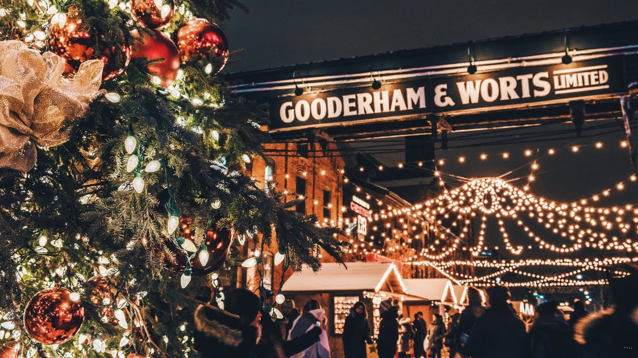 christmas market in the distillery district